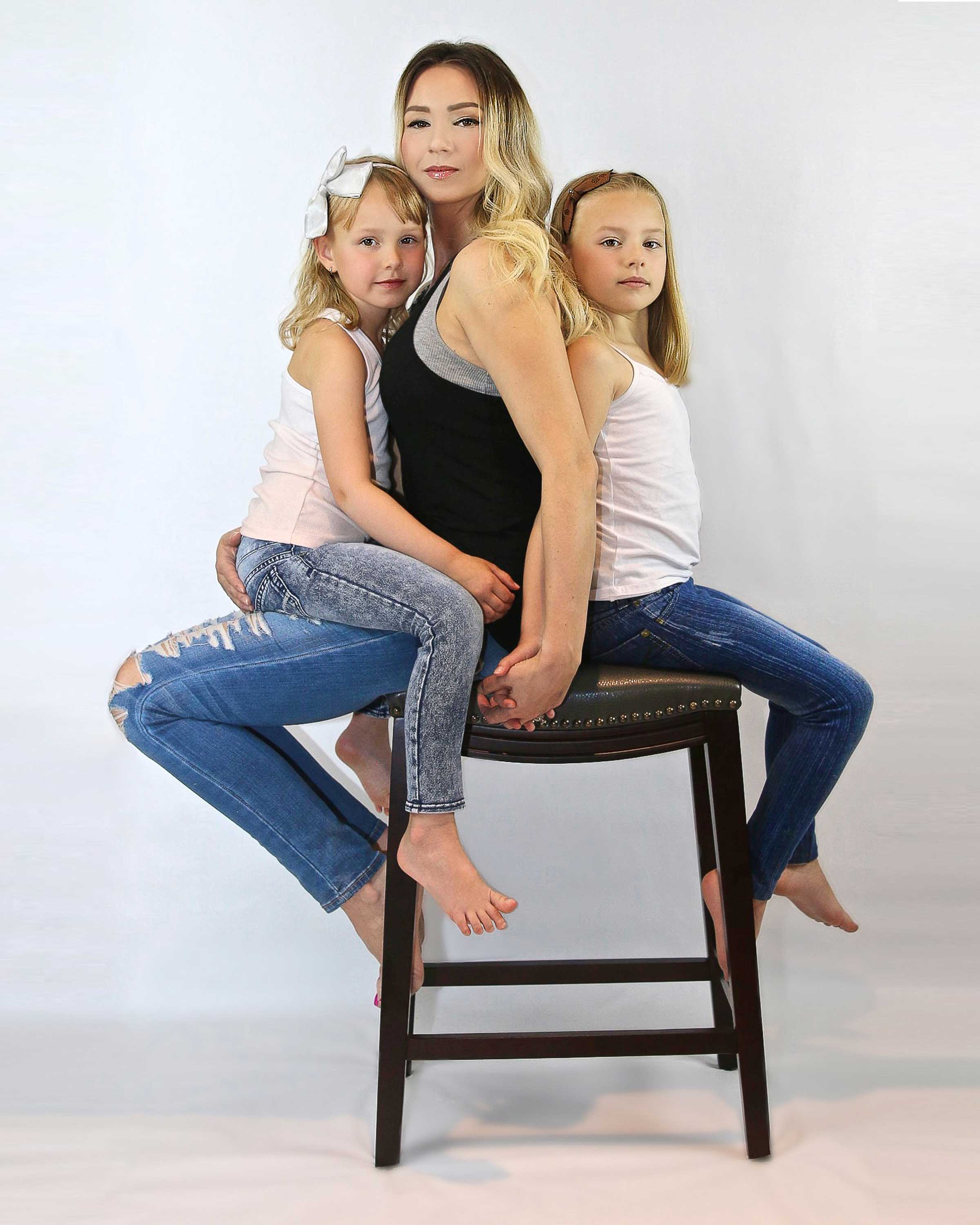 Irene-Lay-Photography-Mother-Daughter-Portraits
